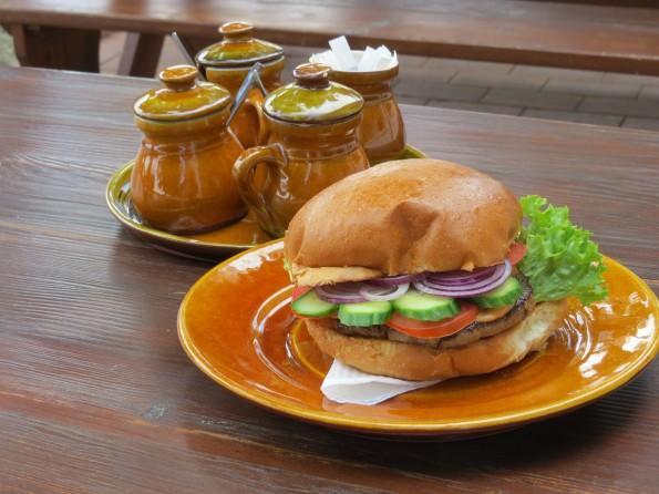 Hortobágyi Csárda- betyár burger